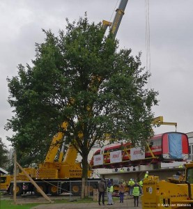 Transrapid TR09 being lifted on the track in Nortrup